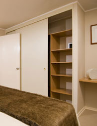 Partly built-in wardrobe system garderoobisüsteem